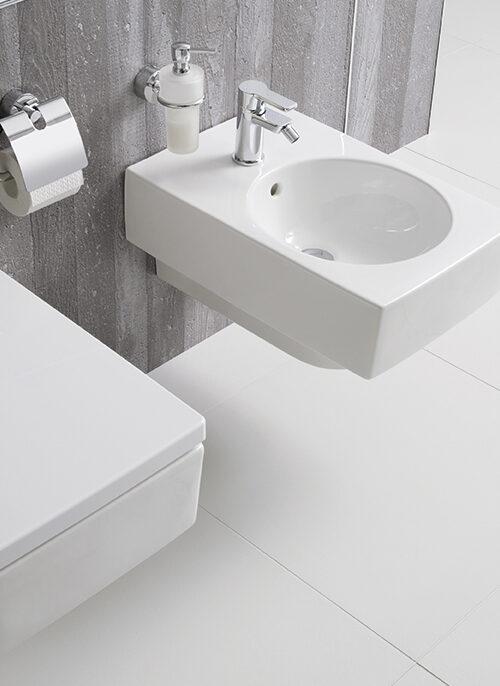 Veilige badkamer waarom een comfortdouche van MAX welzijnswinkel toilet renovatie